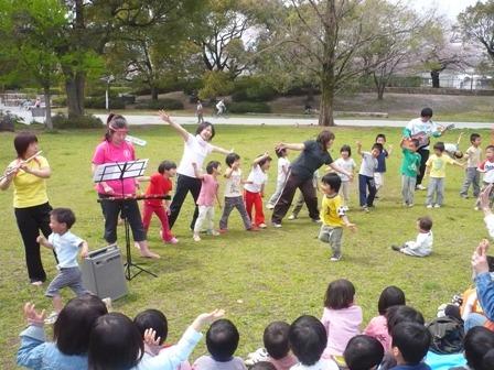 「少年少女冒険隊」の合奏!!みんなで、歌っておどったよ。